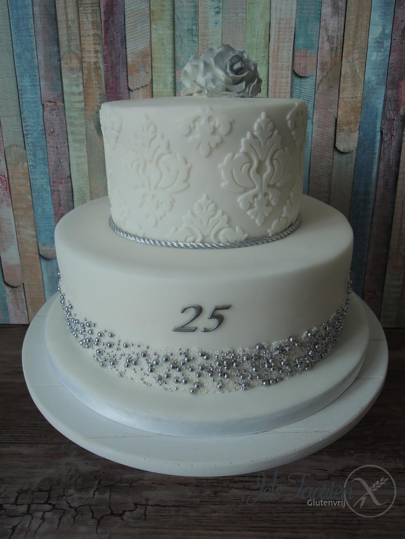 25 jarig huwelijk taart Zilveren Huwelijk Taart   ARCHIDEV 25 jarig huwelijk taart